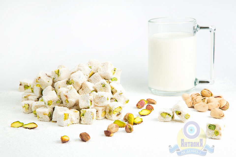 Лукум молочный с фисташками двойной обжарки